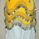 Gazdagon díszített rázókendő